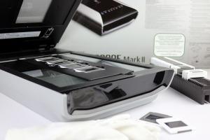 Der CanoScan 9000F MII scannt Fotos, Dias und Negative